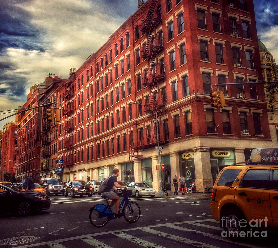 Streets Of New York - Downtown Photograph