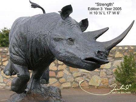 Sculpture Sculpture - Strength by Julio Sanchez de Alba