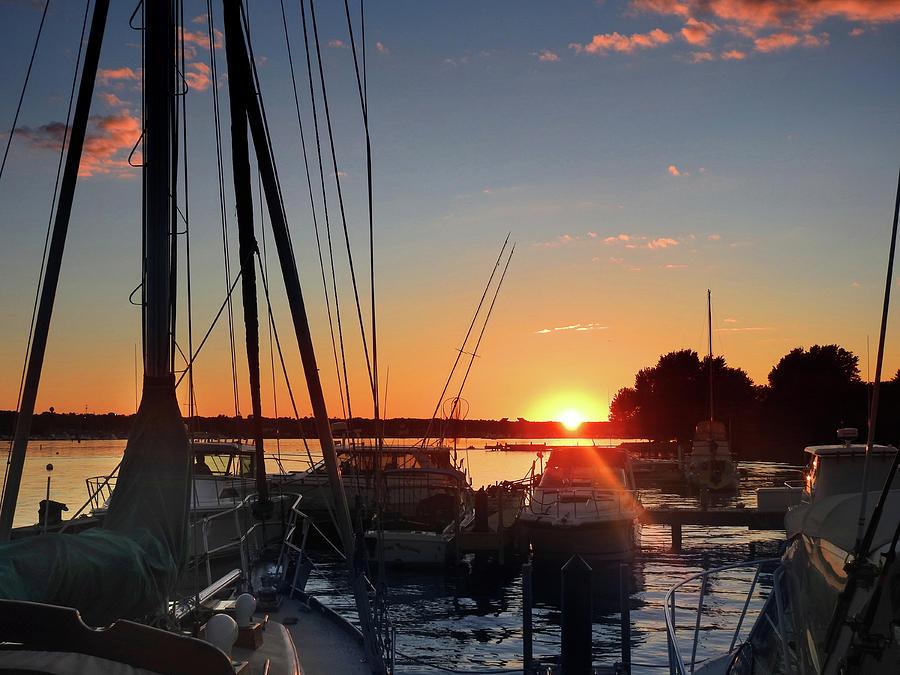 Sturgeon Bay Sunset by Rod Seel