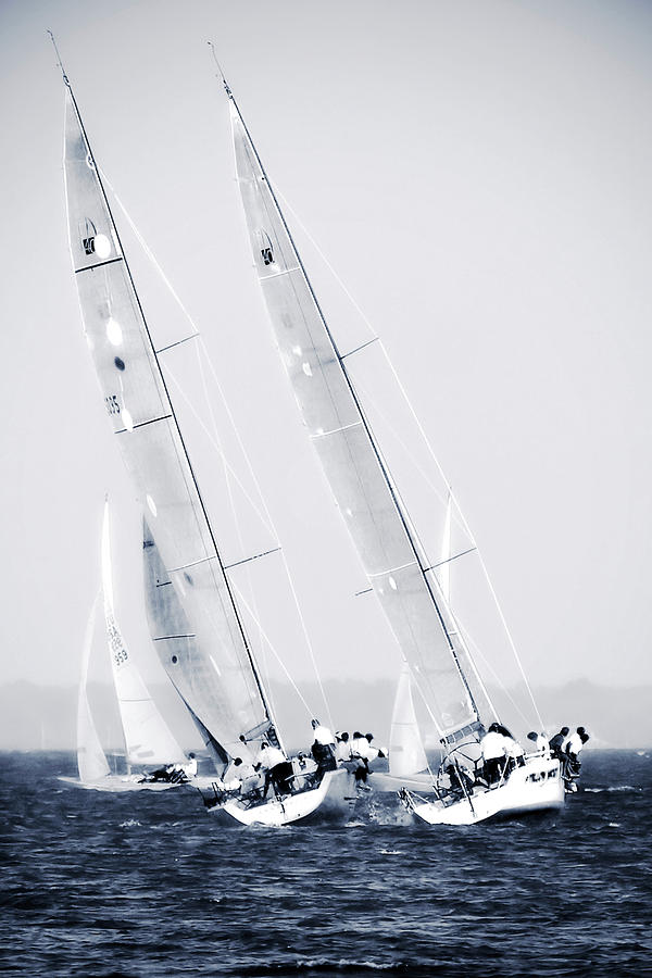 Photo Photograph - Summertime Race 6 by Alan Hausenflock