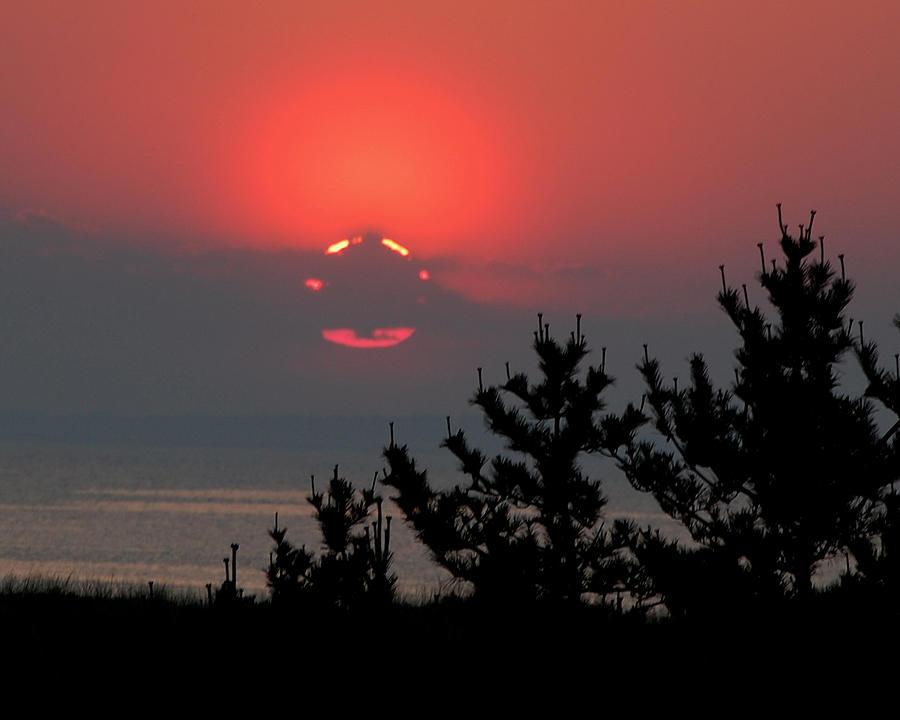 Sun Set Photograph - Sun Glow by Lisa Kane
