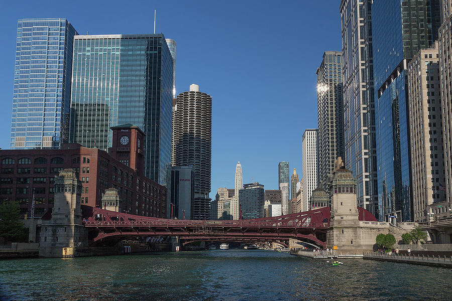 Sunday Afternoon on the Chicago River by Jemmy Archer