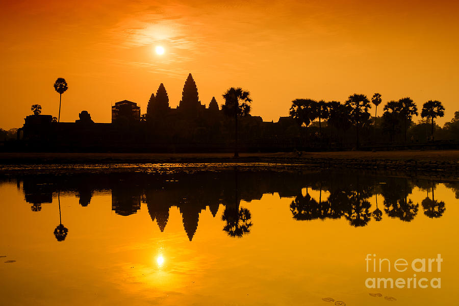 Sunrise at Angkor Wat by Yew Kwang