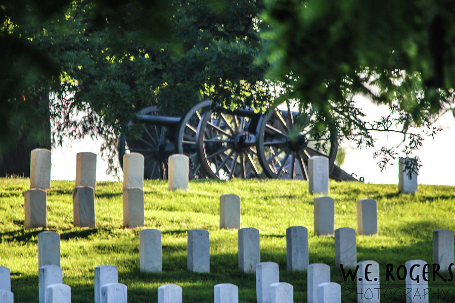 Sunrise At Gettysburg National Cemetery Photograph by William Rogers