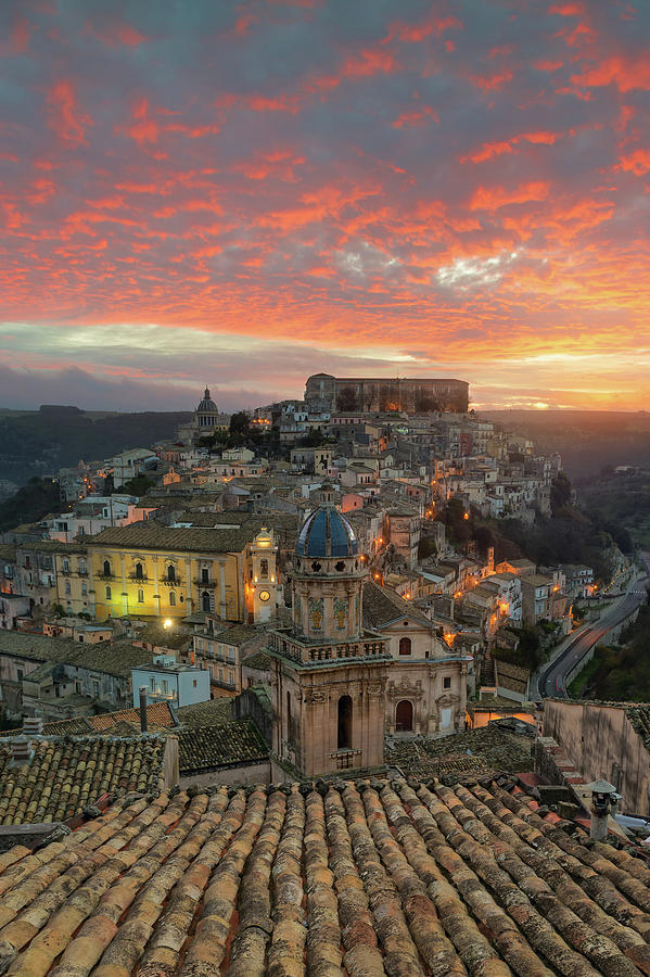 Sunrise in Ragusa Ibla by Mirko Chessari