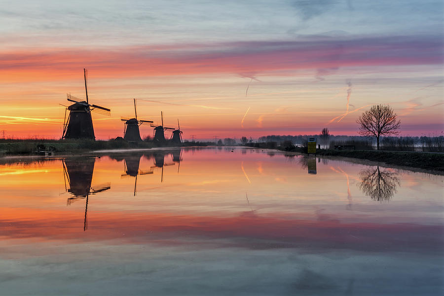 Sunrise Kinderdijk by Mario Visser