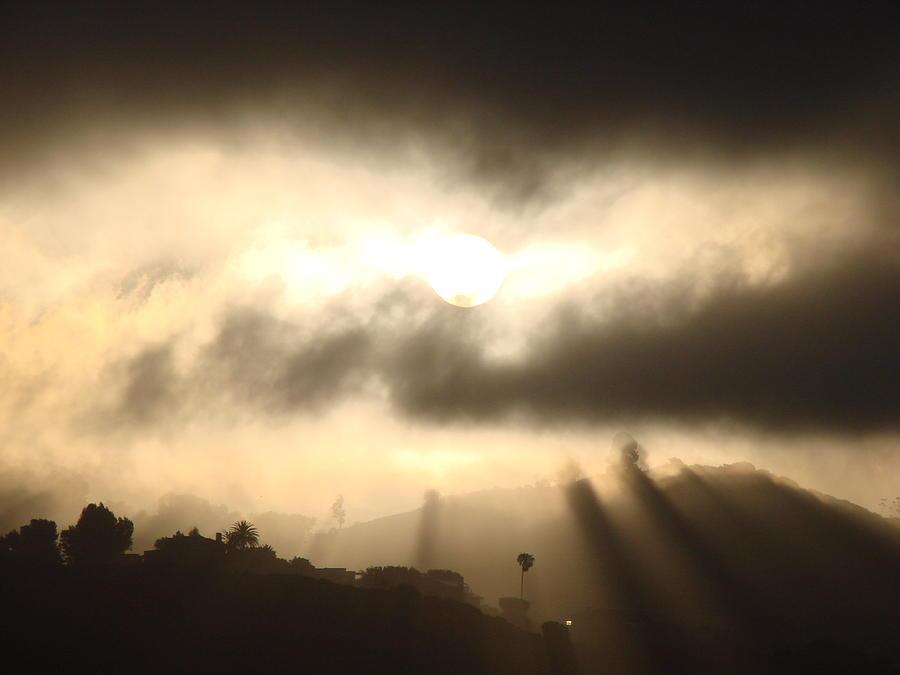 Sunrise Photograph - June 20, 2007 Sunrise Over Bruce Willis In Malibu by Darlene DeMille