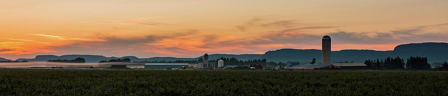Sunrise Photograph - Sunrise Over Farmland by Linda Ryma