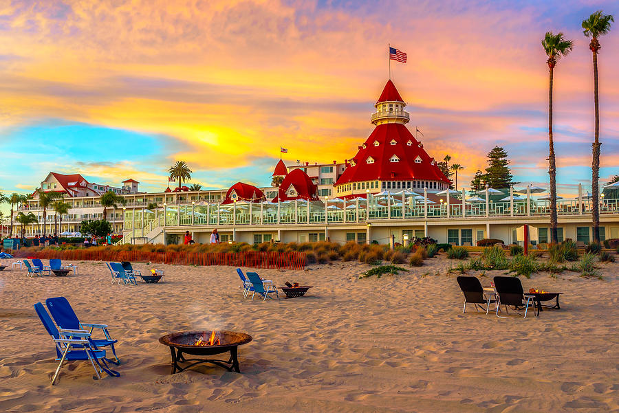 Hotel Del Coronado Photograph - Sunset At Hotel Del Coronado by James Udall