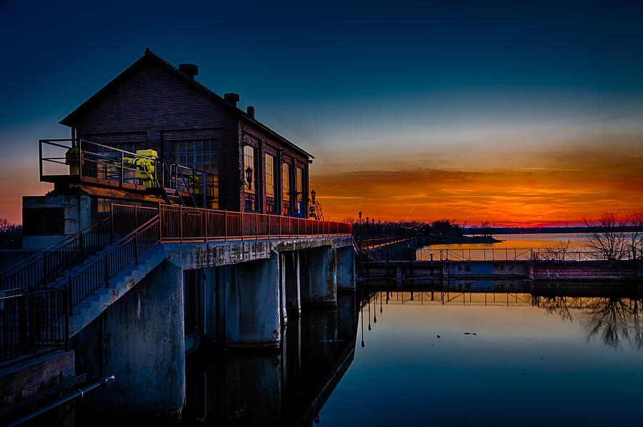 Dams Photograph - Sunset At Lake Overholser Dam by Don Risi