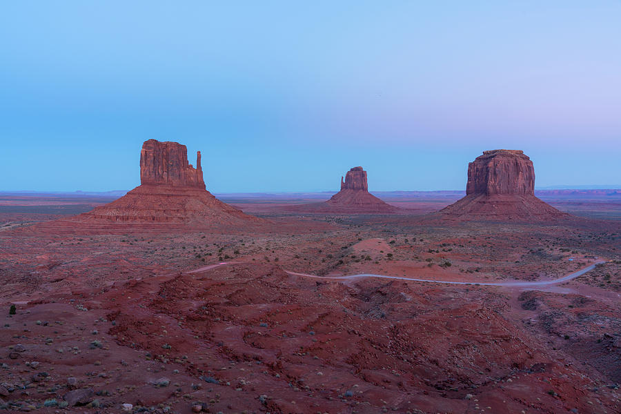 Sunset at Monument valley. by Asif Islam