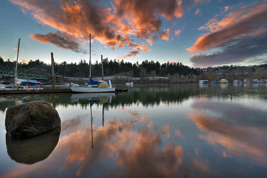 Sellwood Riverfront Park Photograph - Sunset At Sellwood Riverfront Park by David Gn