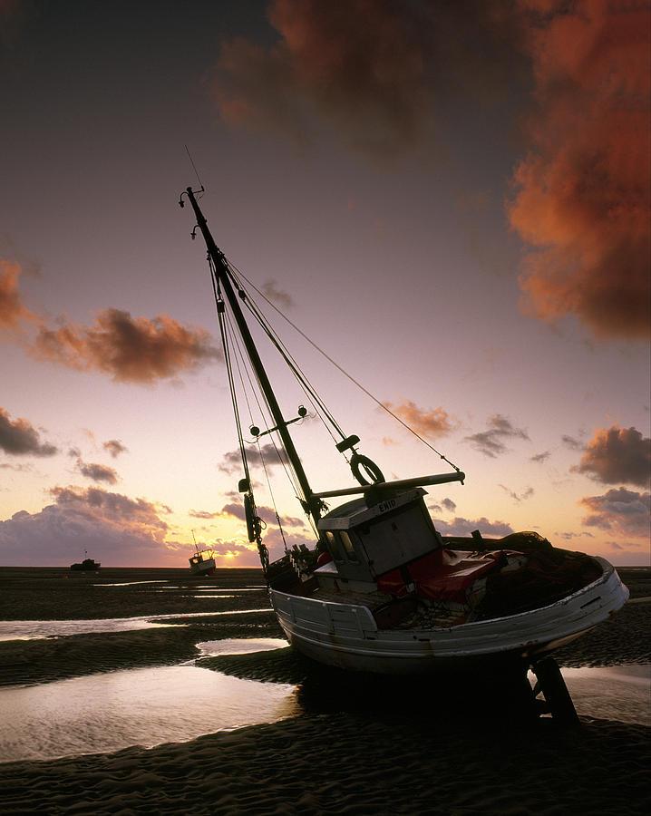 Landscape Photograph - Sunset Beach by Peter OReilly