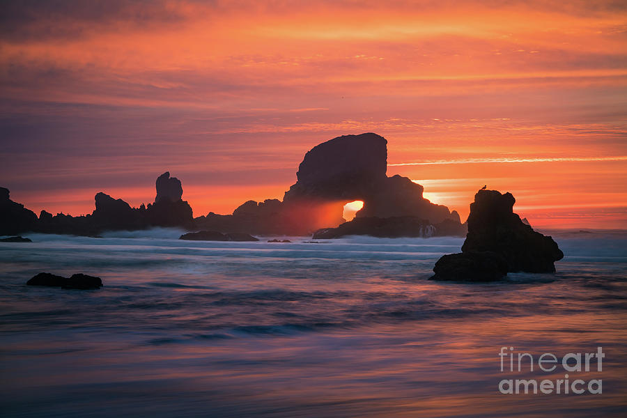 America Photograph - Sunset Behind Arch At Oregon Coast Usa by William Freebilly photography