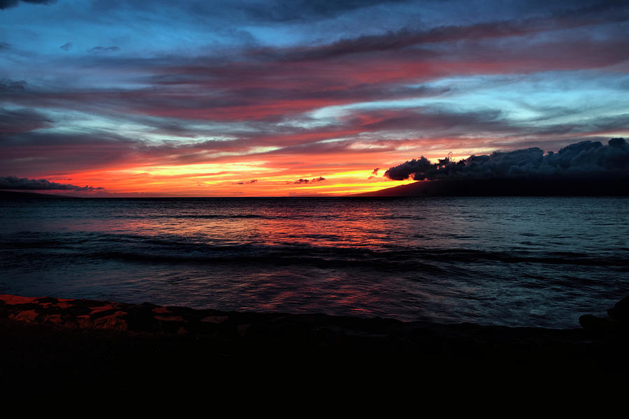 Sunset Maui by Bill Dodsworth