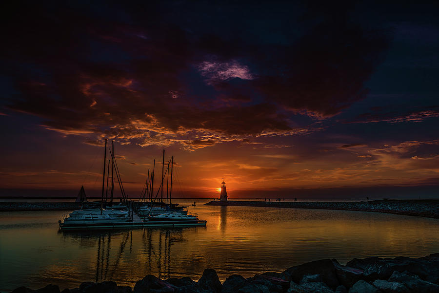 Sunset Photograph - Sunset on Lake Hefner #4 by Don Risi
