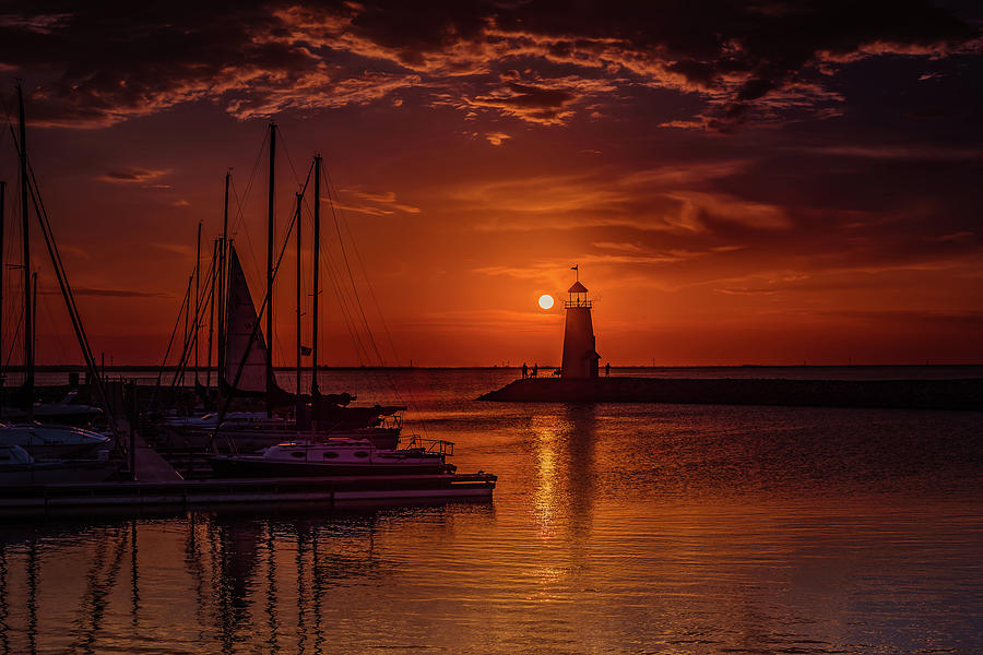 Sunset Photograph - Sunset on Lake Hefner #5 by Don Risi