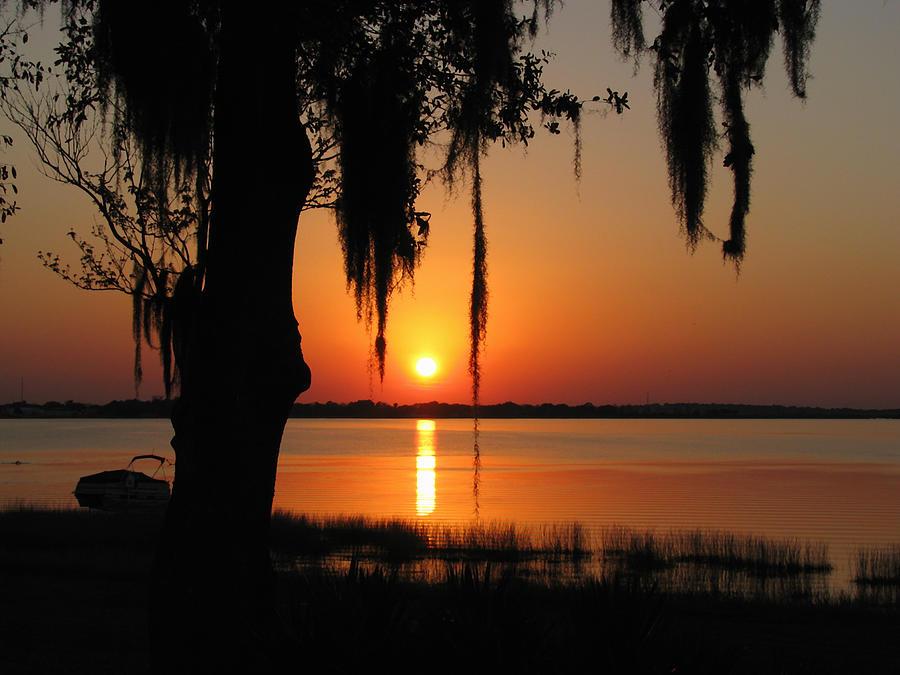 Nature Photograph - Sunset On Lake Minneola by Peg Urban