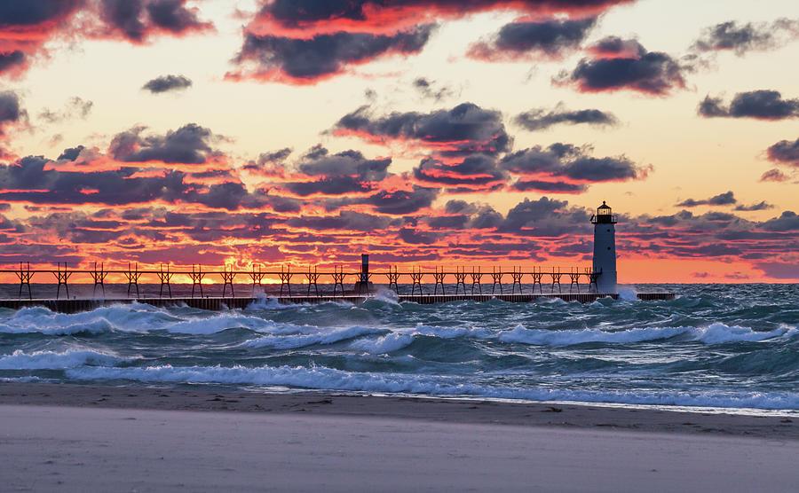 Sunset on Pierhead Lighthouse-1 by Fran Riley