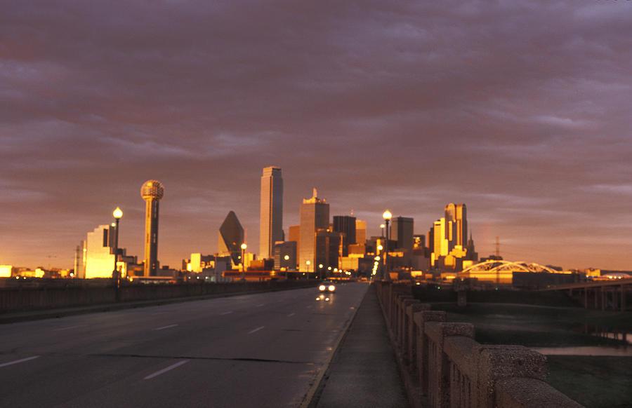 Sunset Photograph - Sunset On The Dallas Skyline Seen by Richard Nowitz