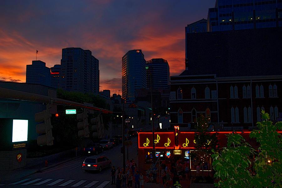 Tn Photograph - Sunset Over Nashville by Susanne Van Hulst