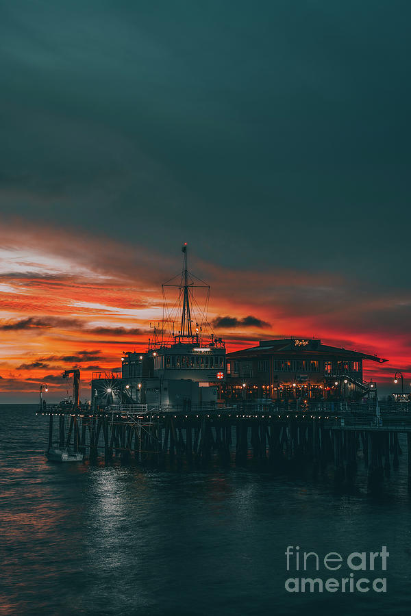 Sunset Santa Monica Pier Photograph by Art K