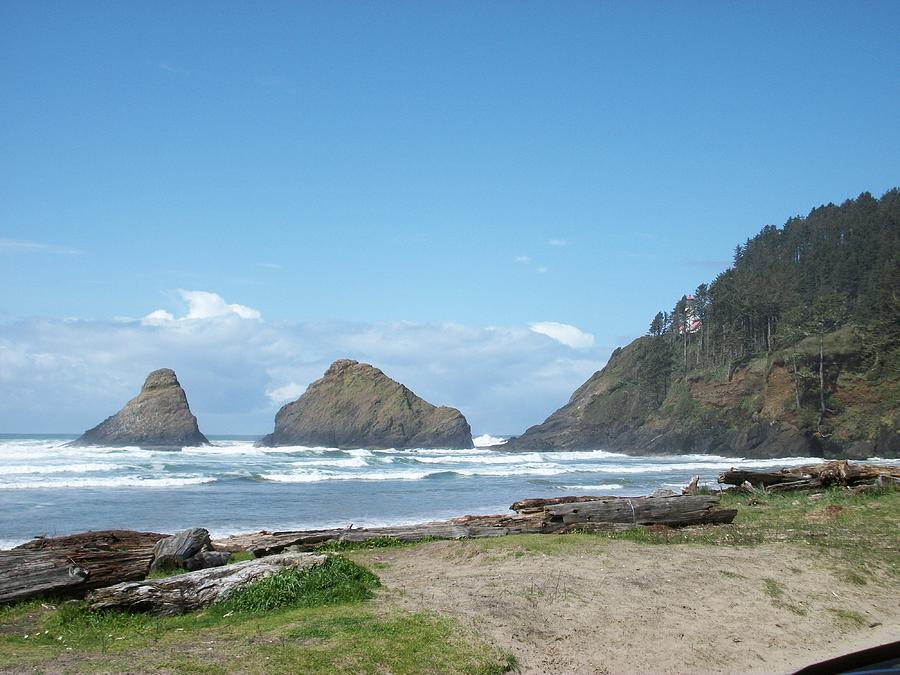Oregon Photograph - Sunshine Waves by Justin  Randy