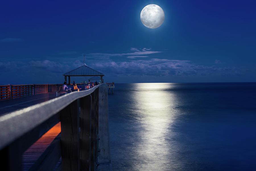 Super moon at Juno by Laura Fasulo