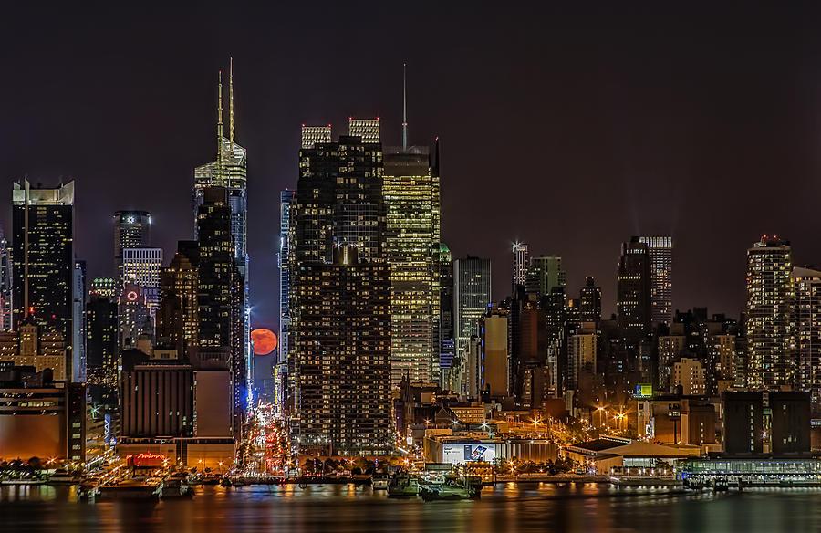 Super Moon Photograph - Super Moon Rising by Susan Candelario