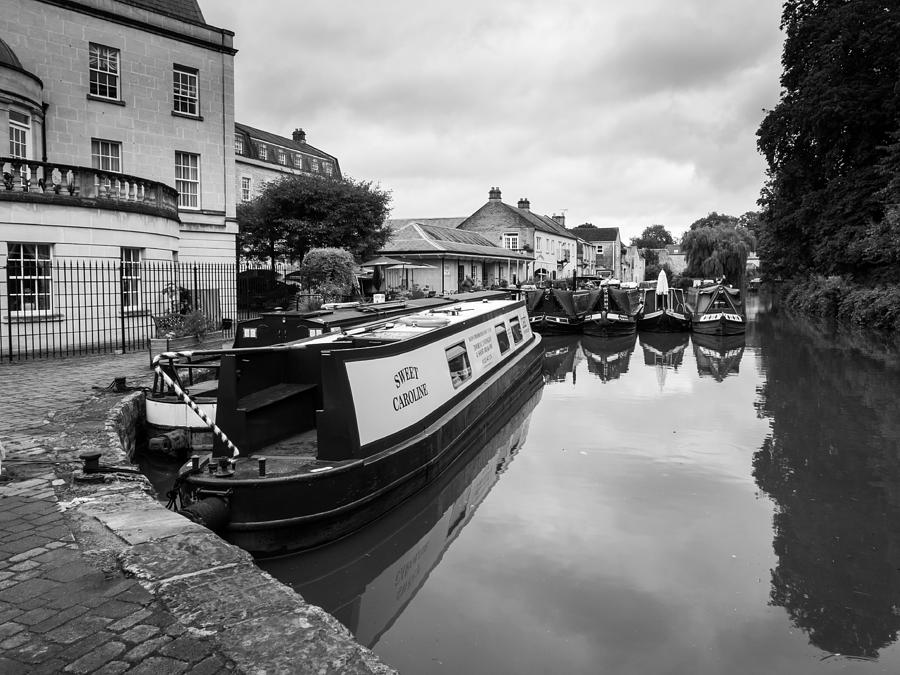 Bath Photograph - Sweet Caroline by Trevor Wintle