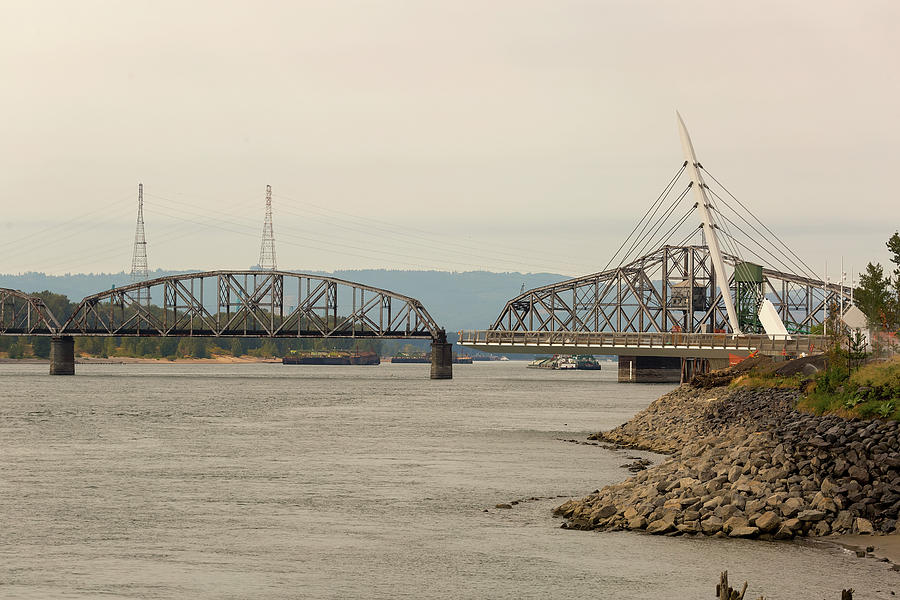 Swing Steel Bridge at Port of Vancouver Washington by Jit Lim