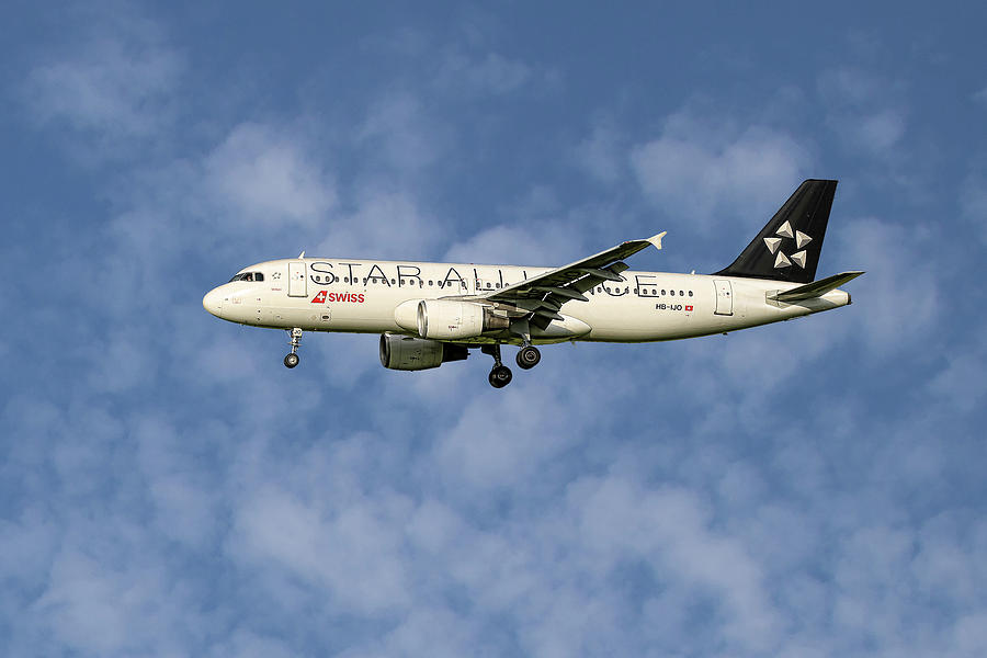 Swiss Mixed Media - Swiss Star Alliance Livery Airbus A320-214 1 by Smart Aviation