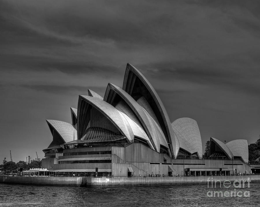 Sydney Photograph - Sydney Opera House Print Image In Black And White by Chris Smith