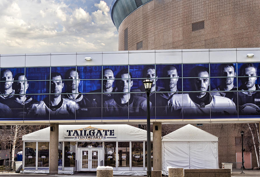 Buffalo Sabres Photograph - Tailgate by Peter Chilelli