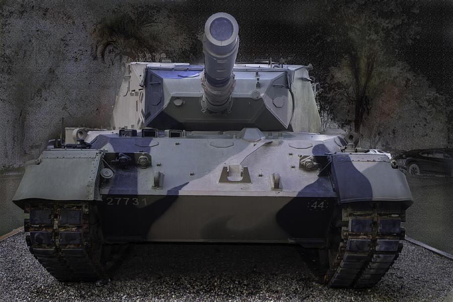 Tank Photograph