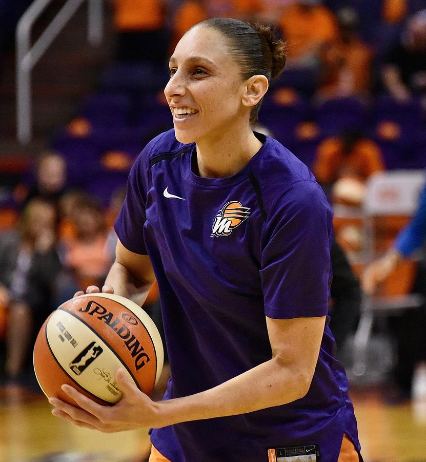 Diana Taurasi Photograph - Taurasi Pre-Game by Devin Millington