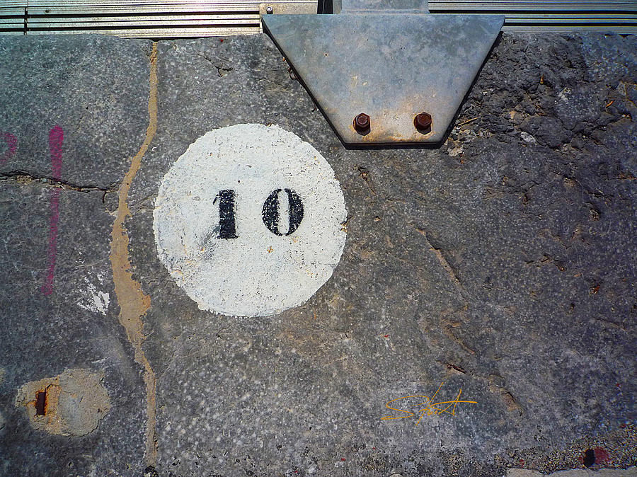 Number Photograph - Ten by Charles Stuart