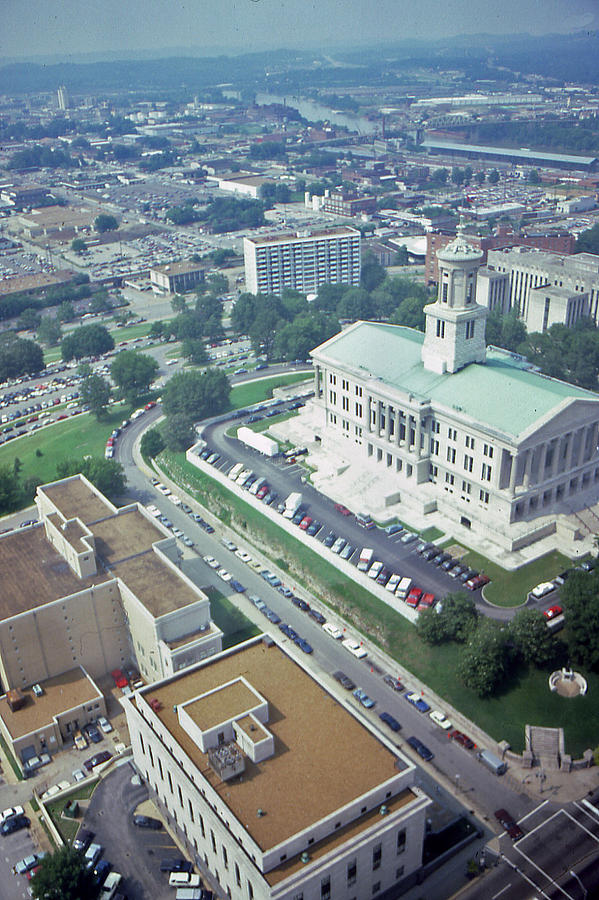 Nashville Photograph - Tennessee Capital by Randy Muir