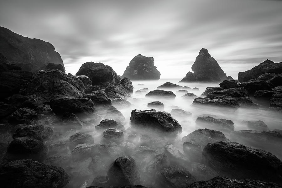 Tepona Point In Black And White by Lee Harland