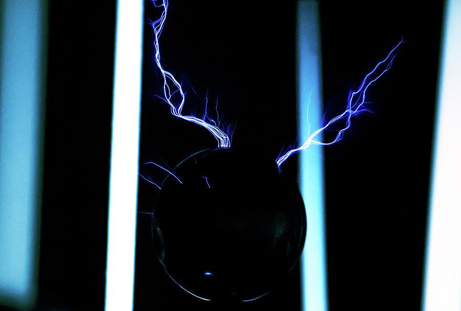 Tesla Coil 6 by Tyson Kinnison