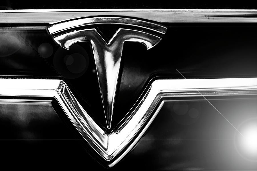 Tesla Photograph - Tesla by Jose Bispo