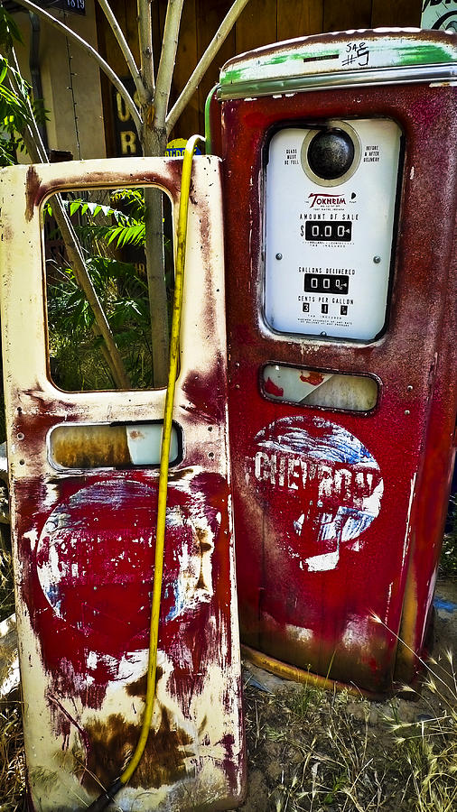 Pump Photograph - Tether World by Skip Hunt