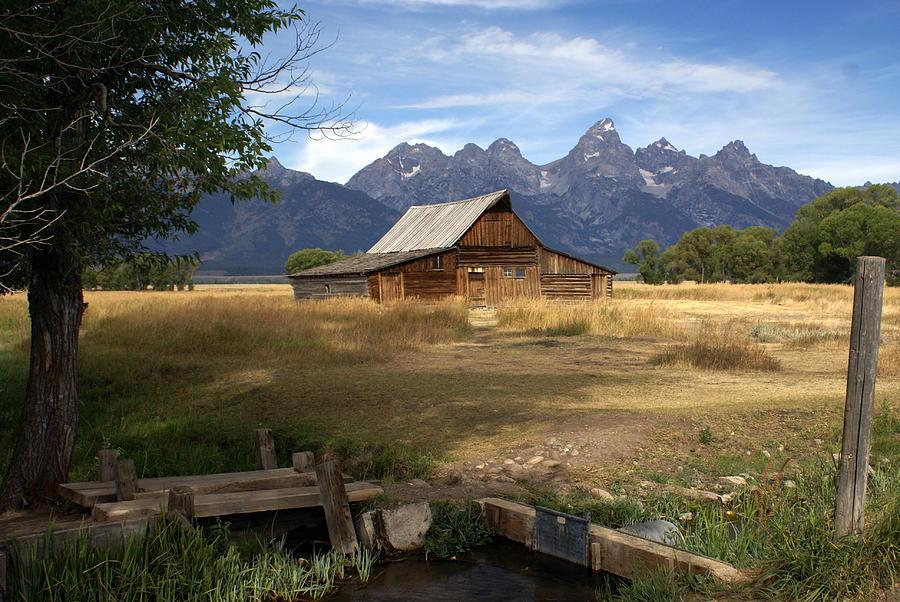 Grand Teton National Park Photograph - Teton Barn by Marty Koch