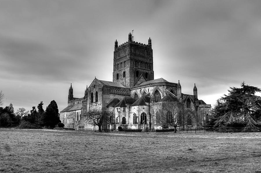 Tewkesbury Abbey Photograph - Tewkesbury Abbey in BW by Peggy Berger