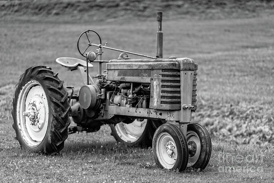 Texas Photograph - Texas Tractor by Edward Fielding