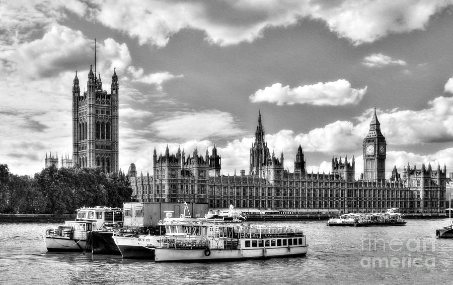 Thames River In London BW by Mel Steinhauer
