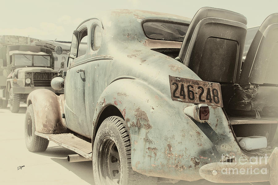 Cars Photograph - The 37 by Steven Digman