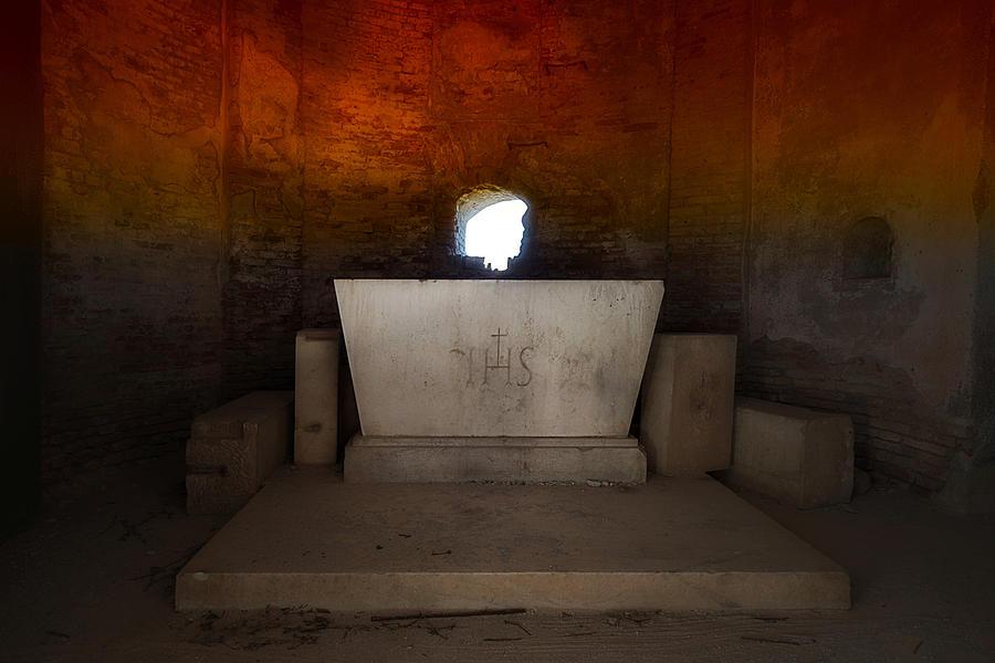 Abandoned Places Photograph - The Altar - Laltare by Enrico Pelos