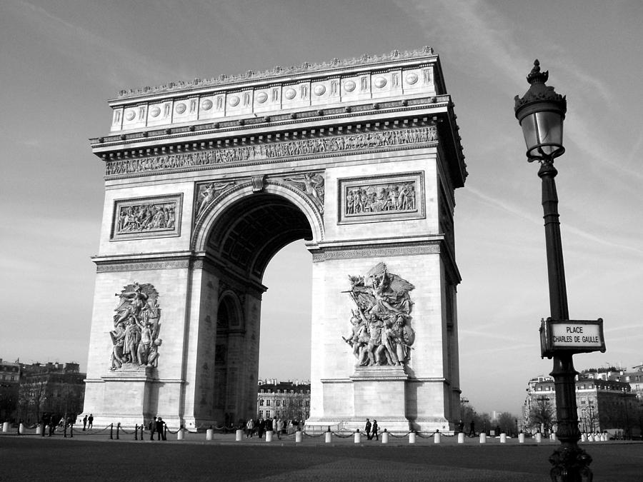 Arc Photograph - The Arc Di Triomph by Donna Corless