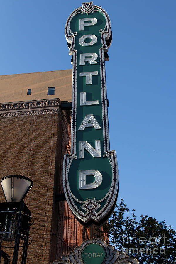 The Arlene Schnitzer Concert Hall Aka Portland Publix Theater Aka - Schnitzer theater portland